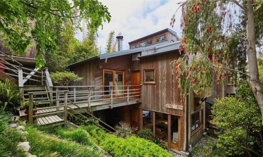 Marta Kristen's Santa Monica treehouse