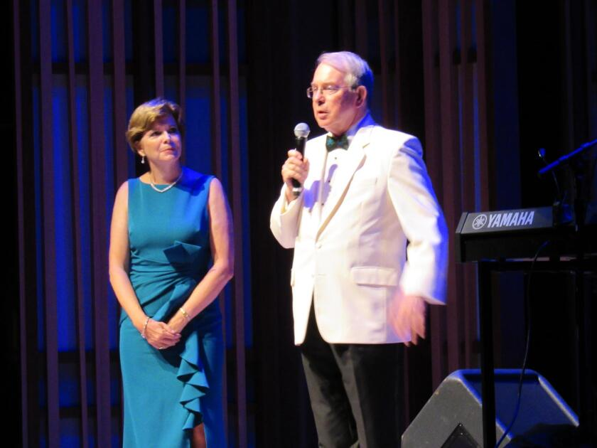SummerFest chair Sylvia Re and La Jolla Music Society President and CEO Ted DeDee welcome guests and thank the staff for all their behind-the-scenes work. DeDee also elicits a round of applause for Inon Barnatan in his new role as Music Director of Summerfest.
