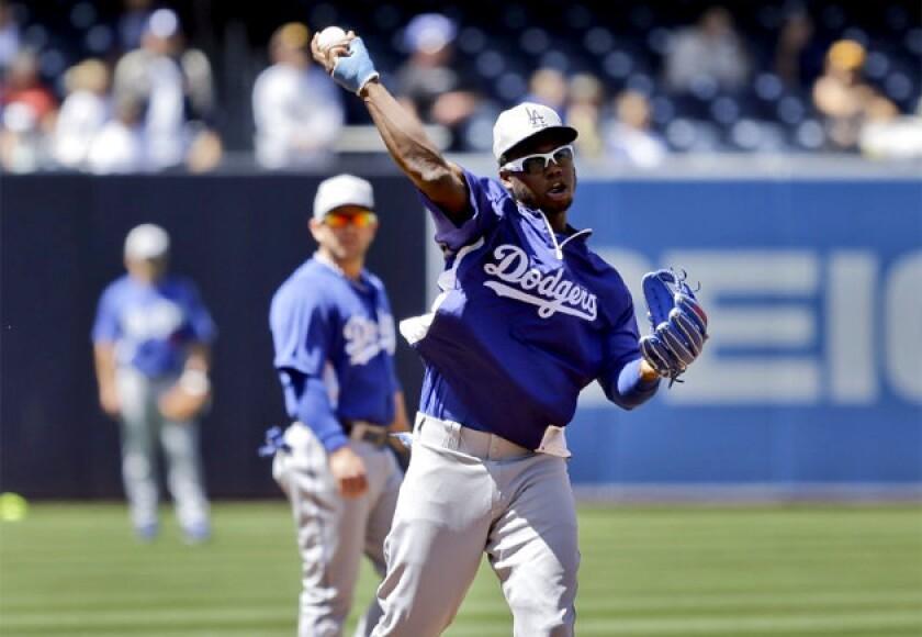 Dodgers' Hanley Ramirez to get cast removed this week
