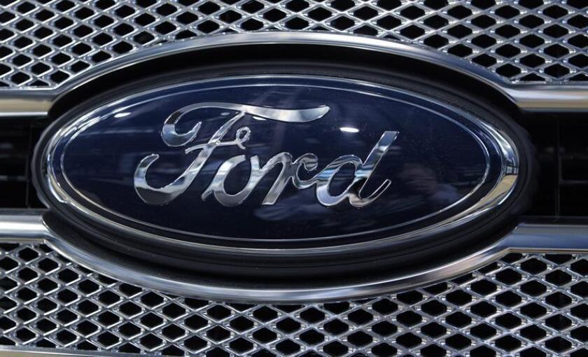 """Ford y Mazda solicitaron hoy a los propietarios de unas 35.000 camionetas """"pickup"""" que dejen de conducir los vehículos por el peligro que supone para sus ocupantes los airbag de Takata instalados en esas unidades. EEFE/PA/Archivo"""