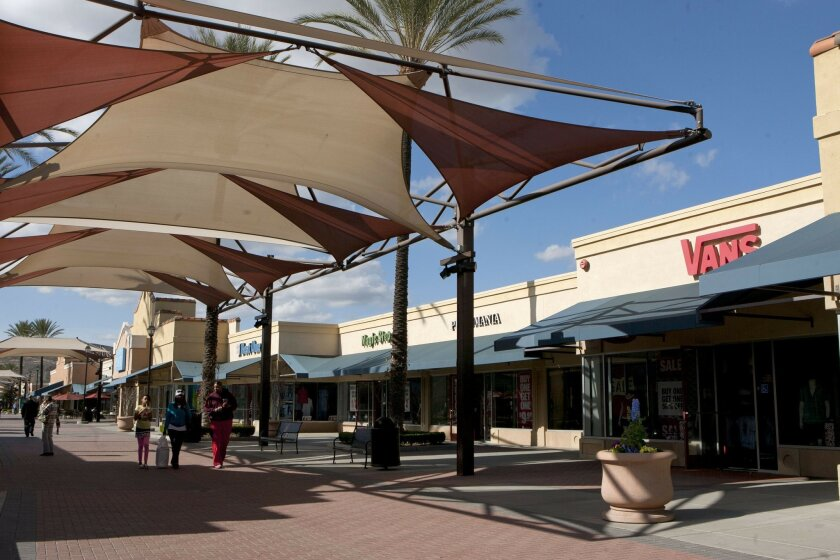 The new management company for the Lake Elsinore Outlets has planned a significant renovation of the property, costing $5 million to $7 million and featuring curved walkways and 'living spaces' incorporated into the design.