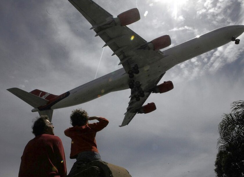 Panel urges LAX operators to pay more heed to runway plan critics