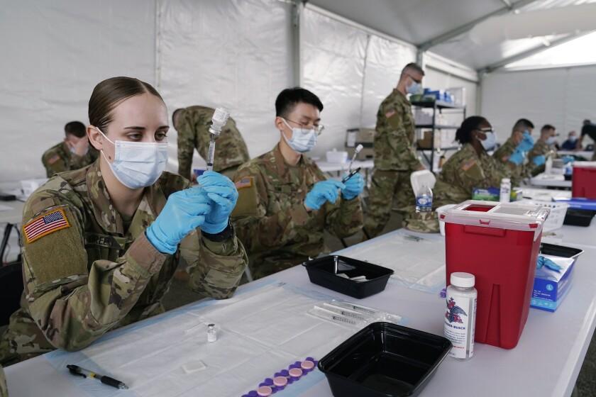 Acelerar vacunación fue contraproducente para EUA - San Diego Union-Tribune  en Español