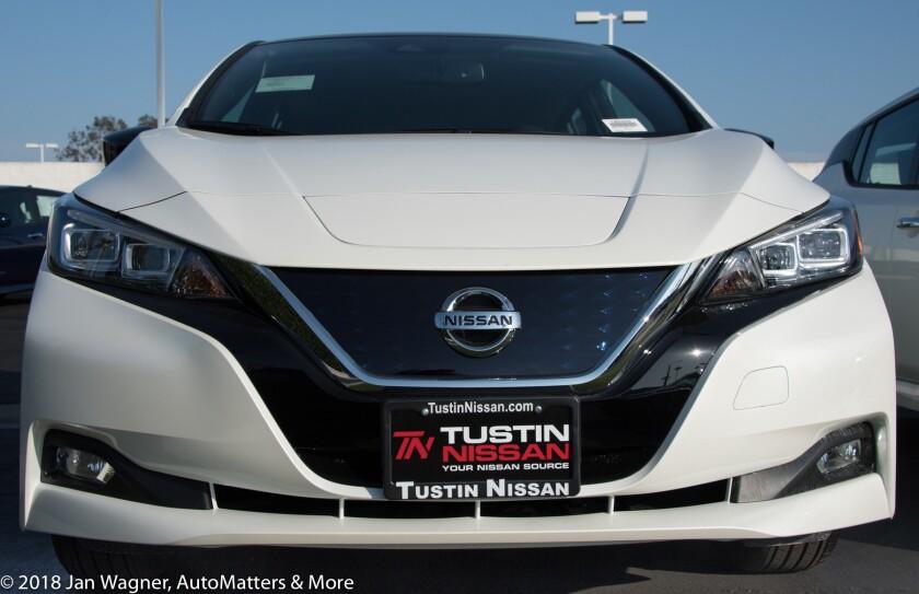 01638-20180403 2018 Cadillac CT6 & 2018 Nissan Leaf at Tustin Acura & Tustin Nissan-D5
