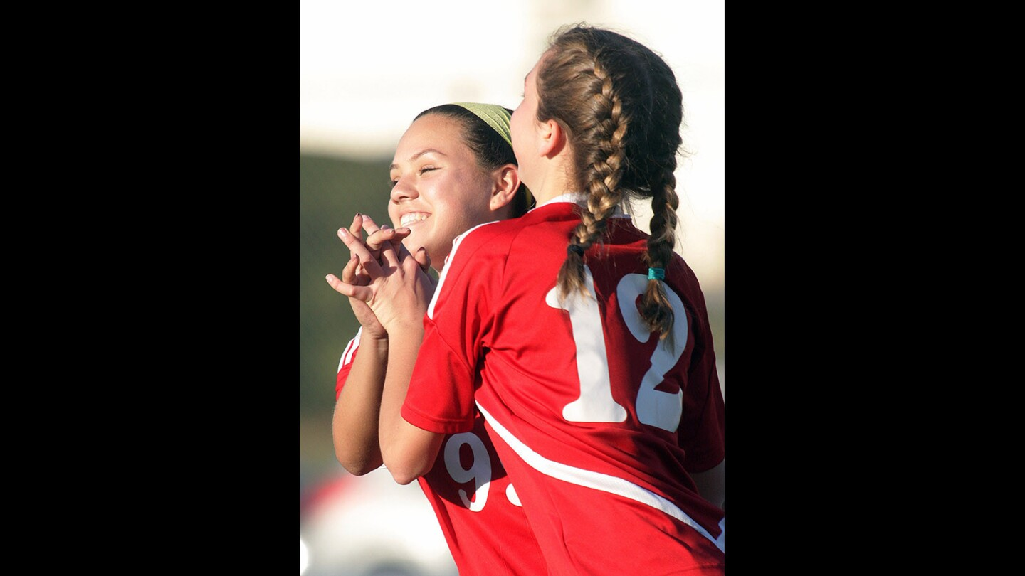 Photo Gallery Pacific League Rival Girls Soccer, Burbank -1441