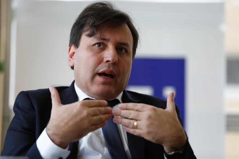 El secretario ejecutivo de la Organización Latinoamericana de Energía (OLADE), Alfonso Blanco, realiza declaraciones, el martes 23 de enero del 2018, en Quito (Ecuador). EFE