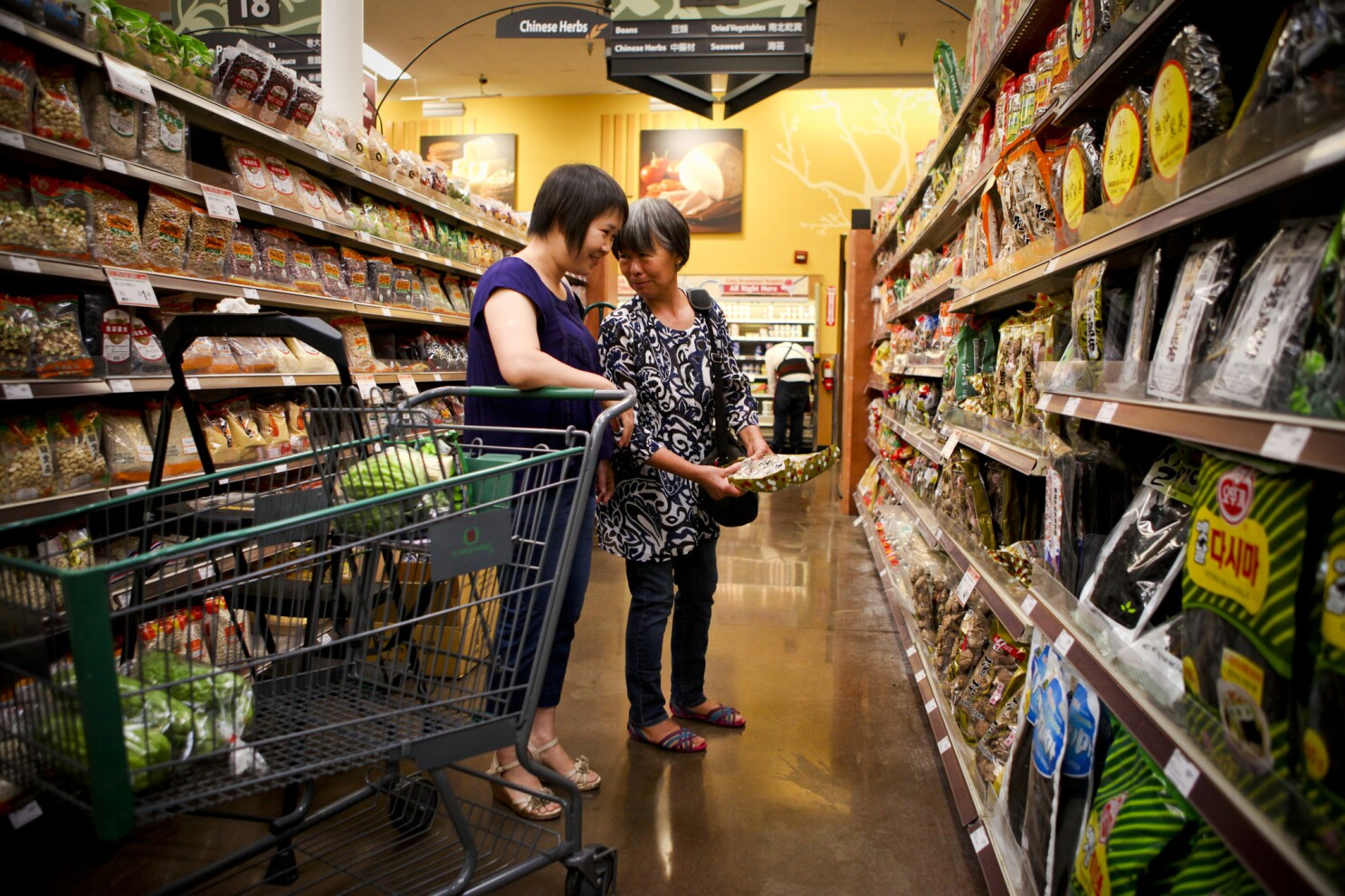 In Alhambra, demographic shift reaches the grocery store