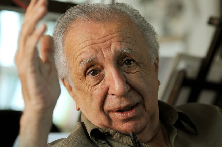 Vicente Leñero chronicled Mexican society in his sometimes controversial novels, plays and screenplays.