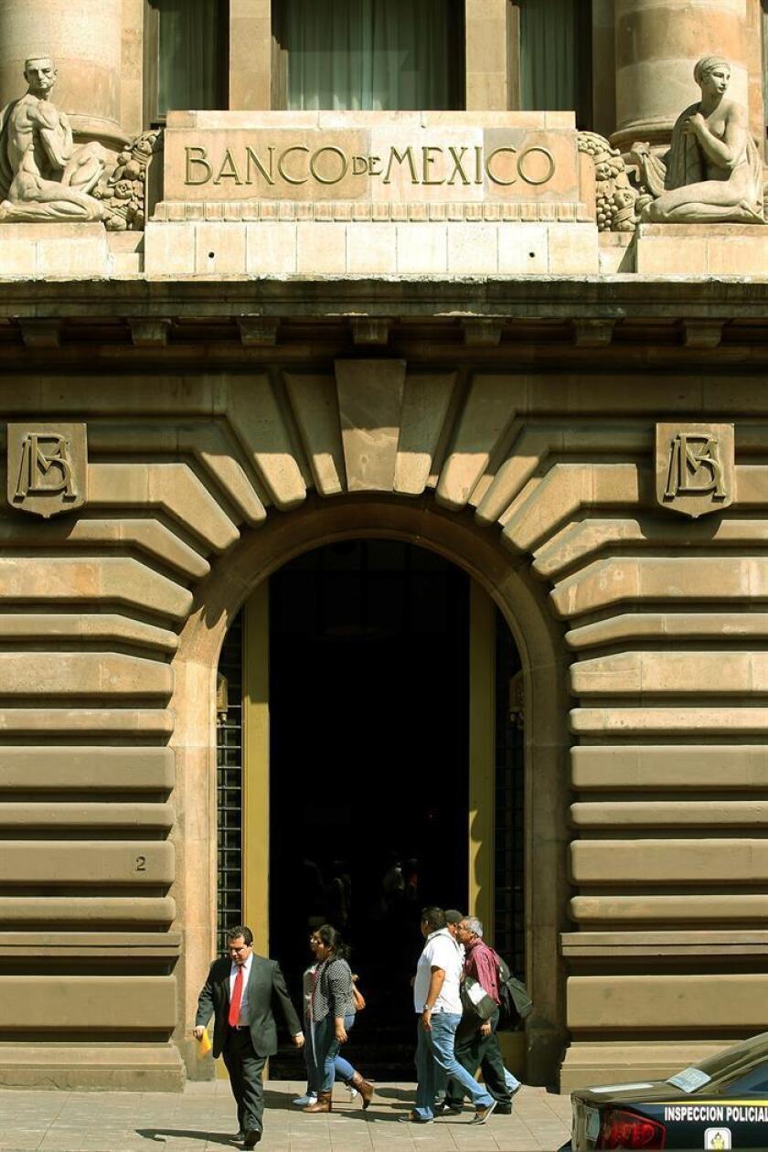 Vista general del edificio central del Banco de México en Ciudad de México. EFE/Archivo
