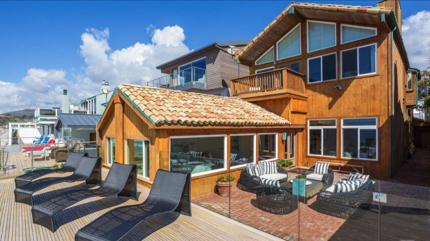 Jerry Perenchio's oceanfront home | Hot Property