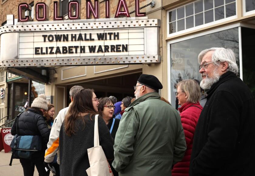Elizabeth Warren campaigning in New Hampshire