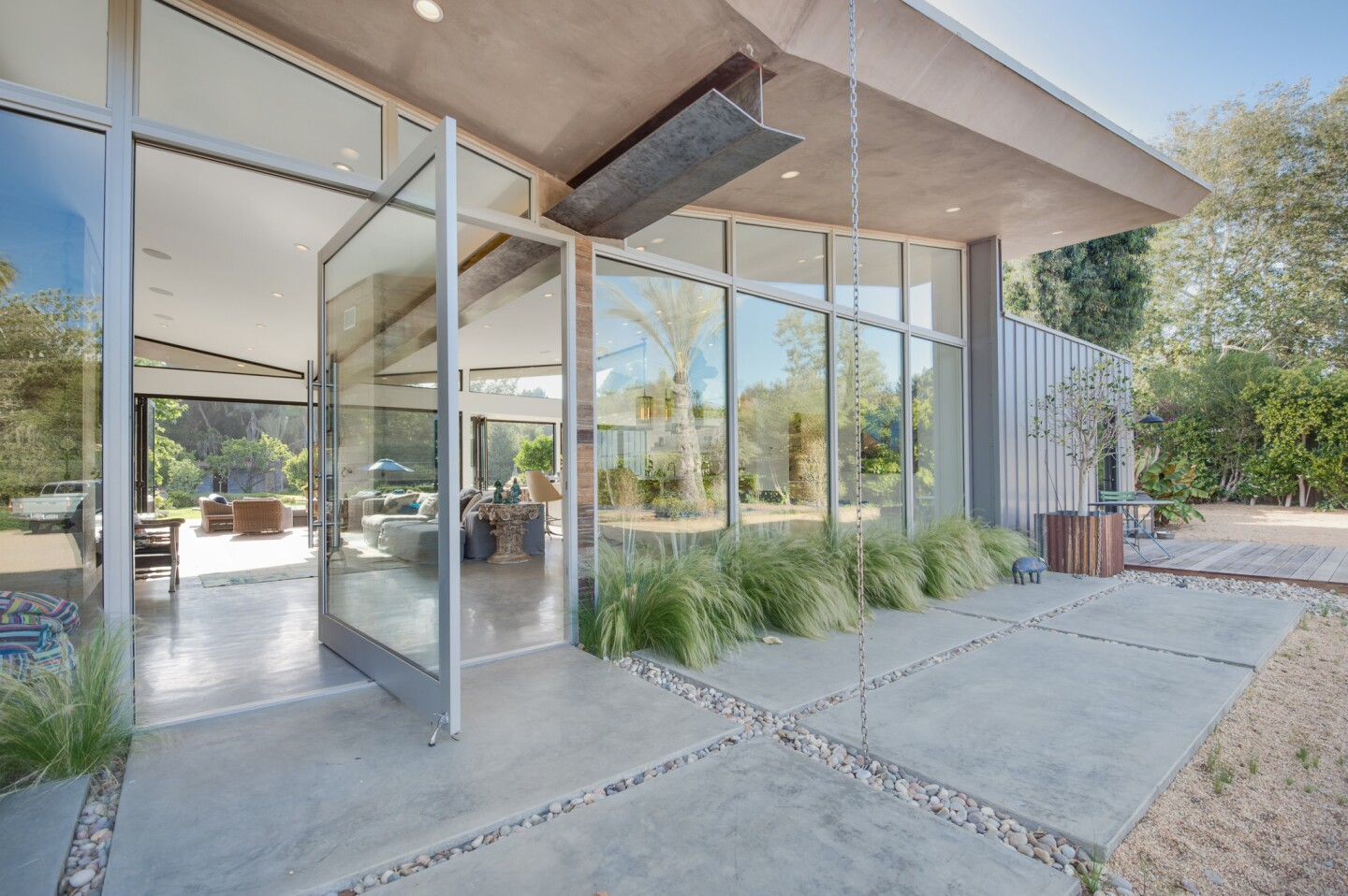 Home of the Day: Malibu compound with modern giddy-up and go