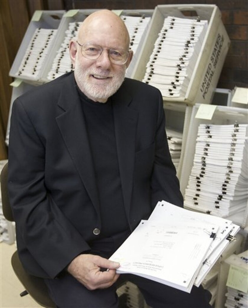Fredrick Wolfe, Director of the National Databank for Rheumatic Diseases and one of the nation's most prominent critics of fibromyalgia, poses for a photo Thursday, Jan. 8, 2009, at the organization's offices in Wichita, Kan. Drug companies have recently started marketing campaigns to sell drugs to treat symptoms of the disease of which not much is known. (AP Photo/Kelly Glasscock)