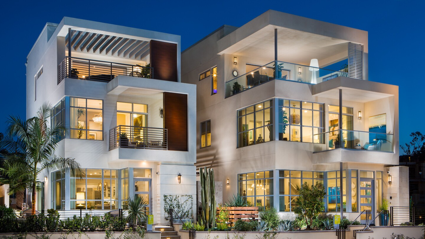 Home of the Day: Urban glamour in Playa Vista
