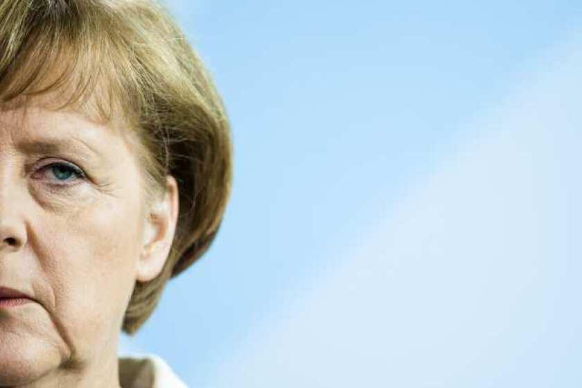 Merkel calls more more political integration in Europe