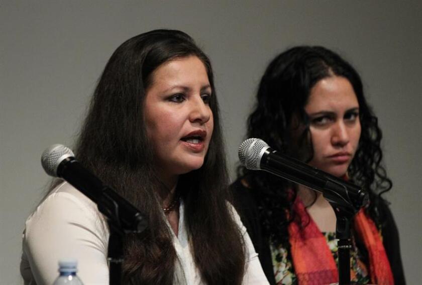 La directora para las Américas de Amnistía Internacional, Erika Guevara Rosas (d). EFE/Archivo