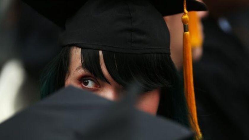 Las deudas son un gran lastre para algunos estudiantes.