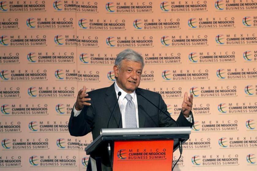 El presidente electo de México, Andrés Manuel López Obrador, durante una conferencia de prensa. EFE/Archivo