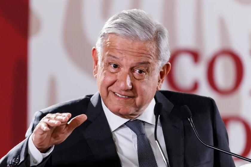 El presidente de México, Andrés Manuel López Obrador, habla en rueda de prensa en Palacio Nacional, en Ciudad de México (México). EFE