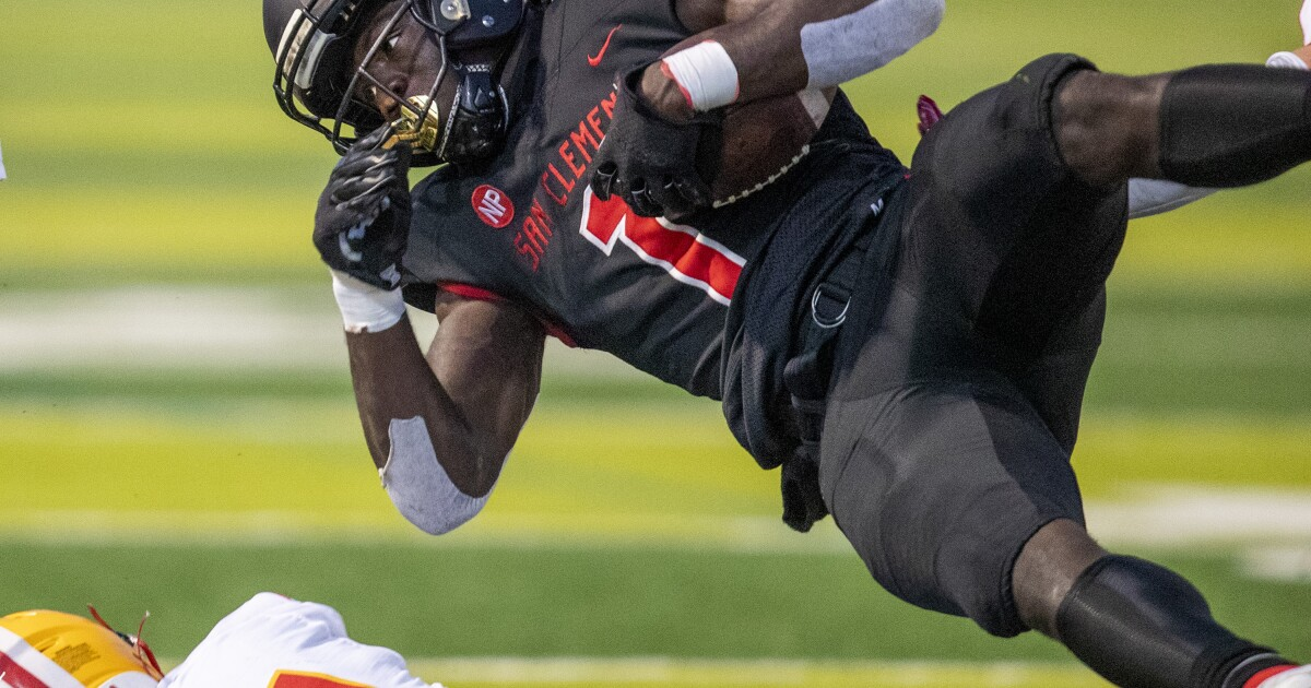 San Clemente tops Mission Viejo on last-second field goal
