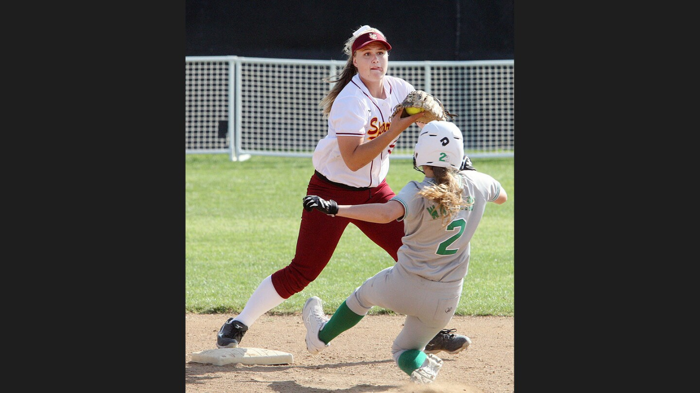 Photo Gallery: La Cañada vs. Monrovia in Rio Hondo League softball