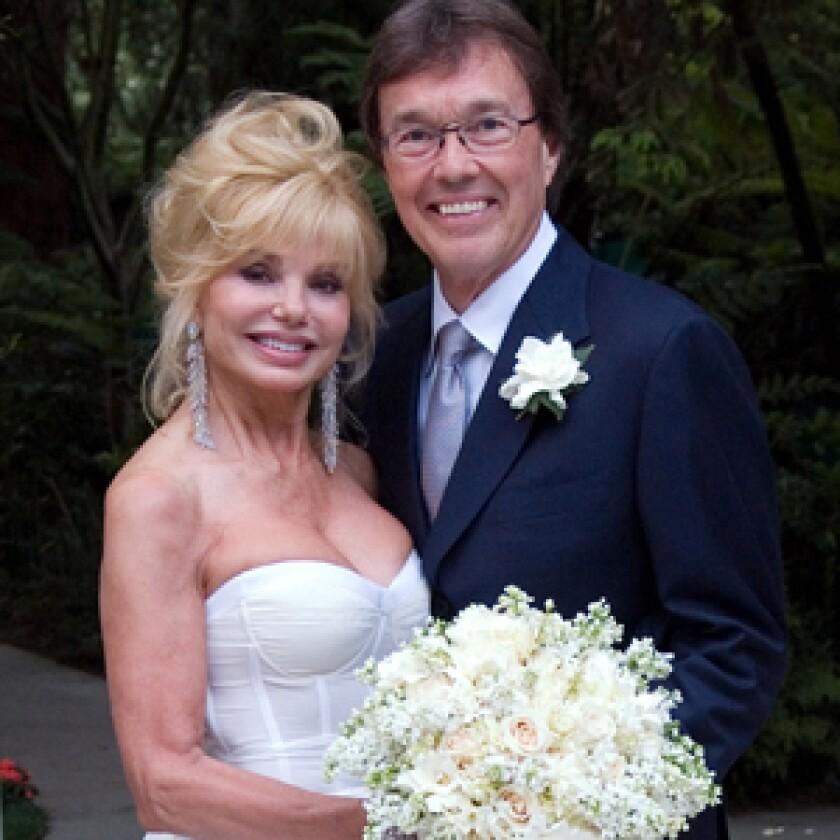 Loni Anderson has married Bob Flick.