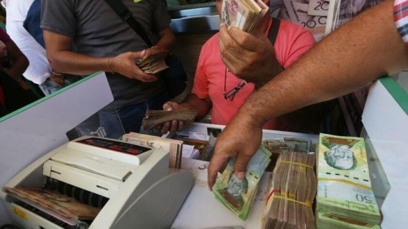 El Banco Central de Venezuela (BCV) anunció este domingo que a partir del 15 de diciembre y de manera progresiva entrarán en circulación seis nuevos billetes y tres monedas de mucha mayor denominación con el fin de facilitar los pagos.