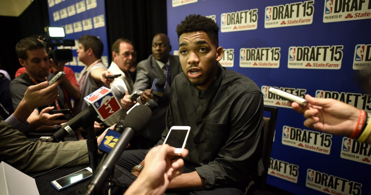Karl Anthony Towns Mother Dies From The Coronavirus Los Angeles Times