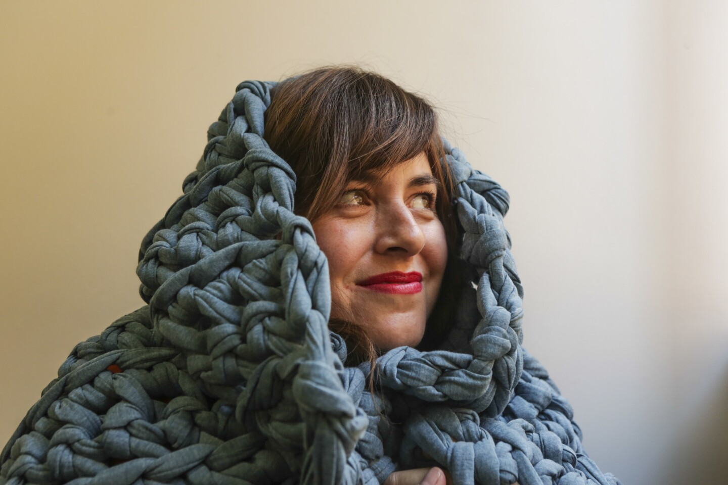 Chunky, cozy blankets for comfort
