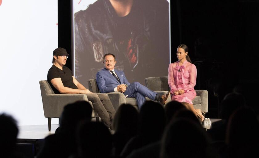 Filmmaker Robert Rodríguez, businessman Sol Trujillo and actress Zoe Saldaña in the first edition of L'ATTITUDE held in 2018 in San Diego.