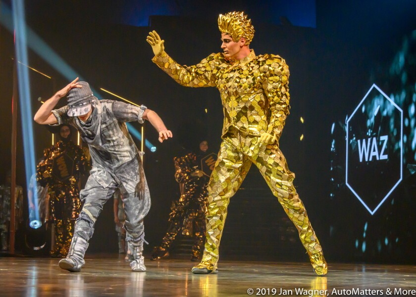 01772-20190403 Cirque du Soleils VOLTA VIP Premiere-stills & video-Del Mar Fairgrounds-Z6