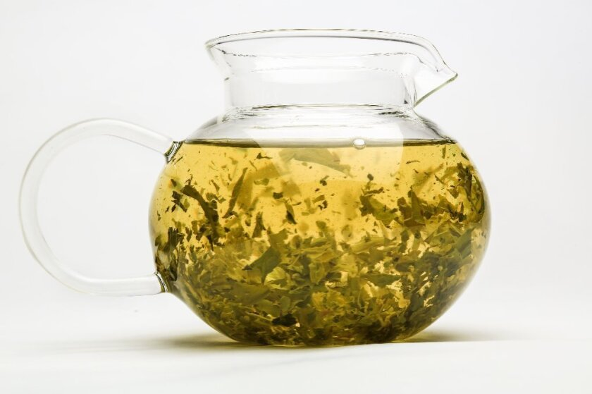 One of the antioxidants in green tea appeared to reduce the effectiveness of the beta blocker nadolol in a new study.
