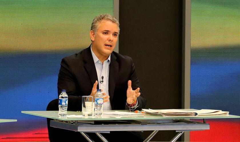 El candidato a la Presidencia de Colombia Iván Duque intervine durante el primer gran debate nacional en Bogotá (Colombia). EFE/Archivo