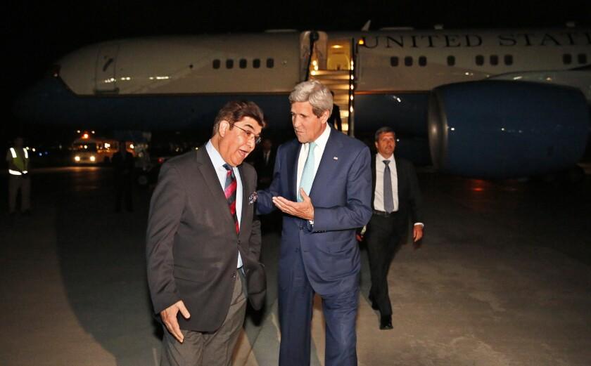 John F. Kerry arrives in Afghanistan