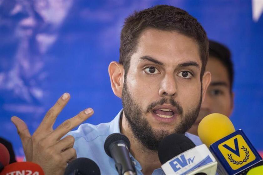 Un total de seis senadores del país pidieron hoy al Gobierno que trabaje en la liberación de Juan Requesens, un legislador opositor venezolano que se encuentra entre los procesados por el atentado fallido contra el presidente de Venezuela, Nicolás Maduro. EFE/ARCHIVO