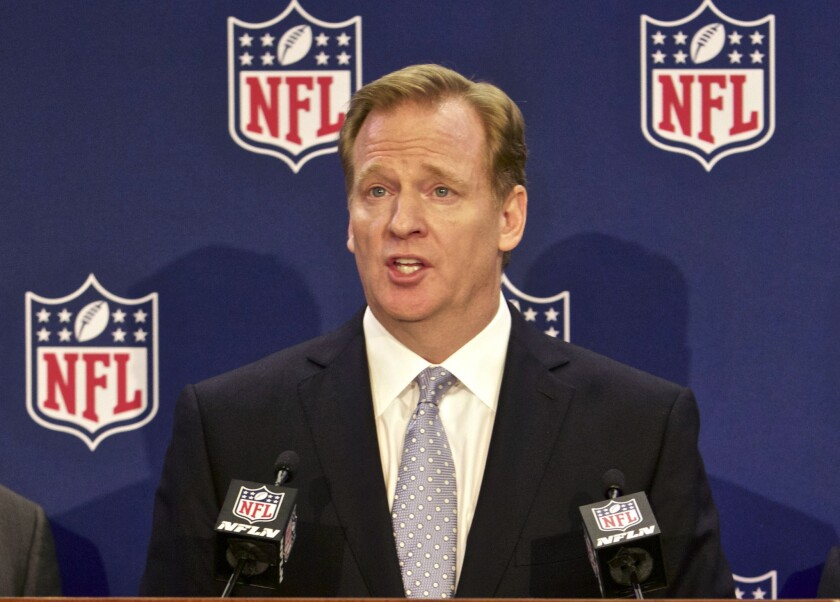 NFL Commissioner Roger Goodell sent a memo to all 32 teams on Tuesday informing them that applications for relocation to Los Angeles in 2015 will not be accepted.