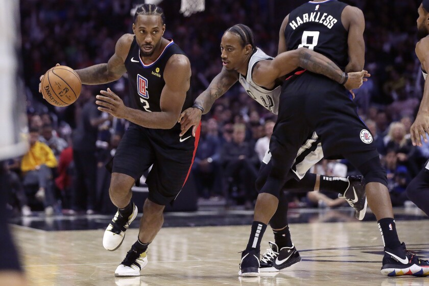 Kawhi Leonard Too Much For Spurs In Clippers Win Los Angeles Times