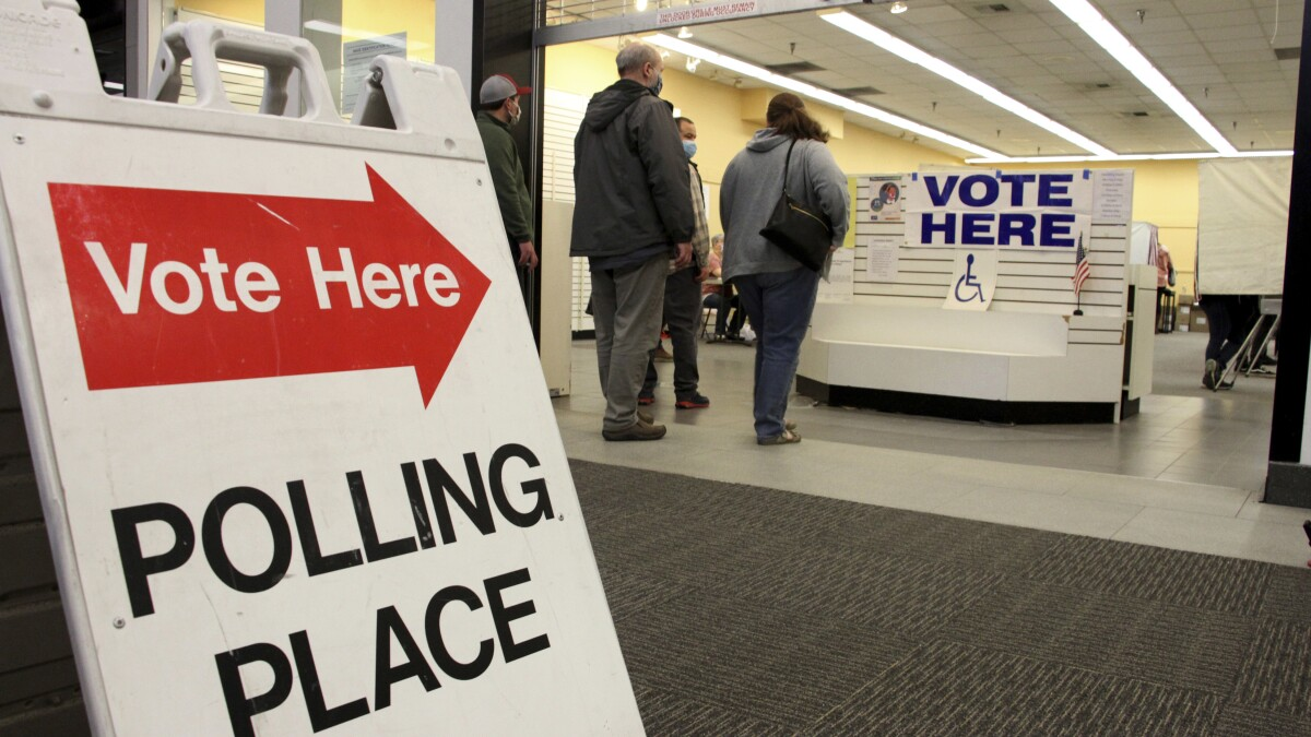 Who Is Voting Who Is Winning Early Vote Only Offers Clues The San Diego Union Tribune