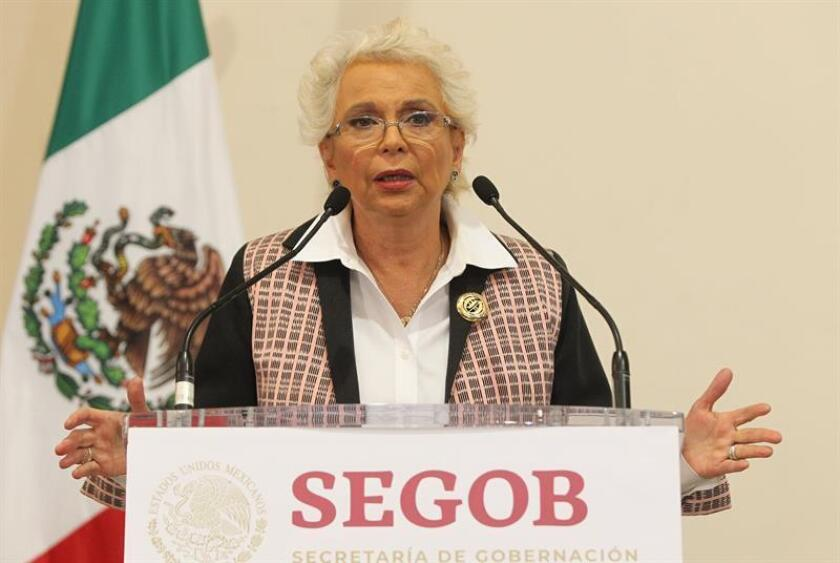 La secretaria de Gobernación, Olga Sánchez Cordero, habla durante una rueda de prensa hoy, en Ciudad de México (México). EFE