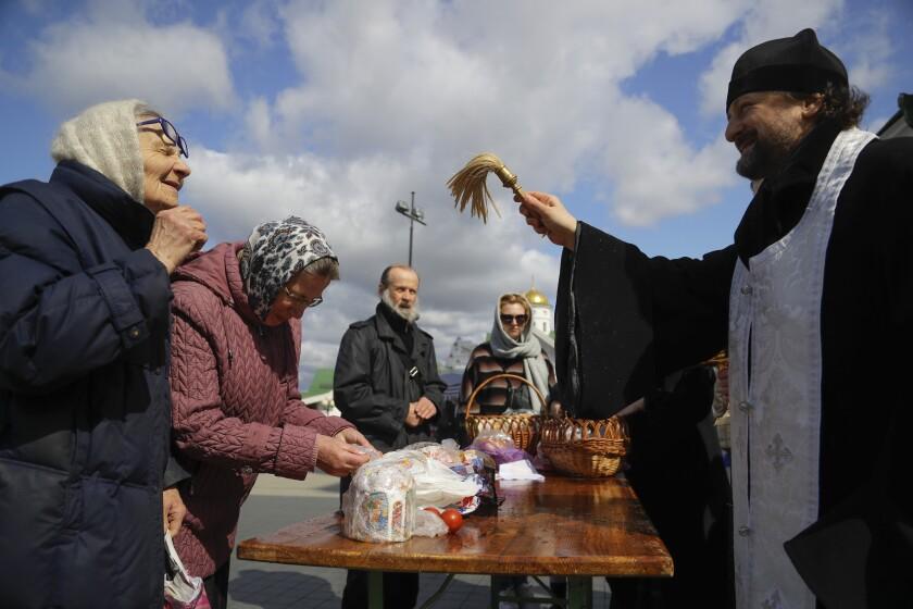 Virus Outbreak Belarus Orthodox Easter