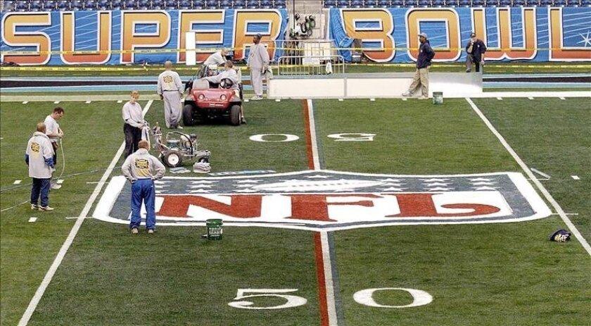 La Liga de Fútbol Americano (NFL) indica que la propuesta elimina la posibilidad de realizar pruebas los días de partido, bajo la condición de que las pruebas comiencen a practicarse de inmediato. EFE/Archivo