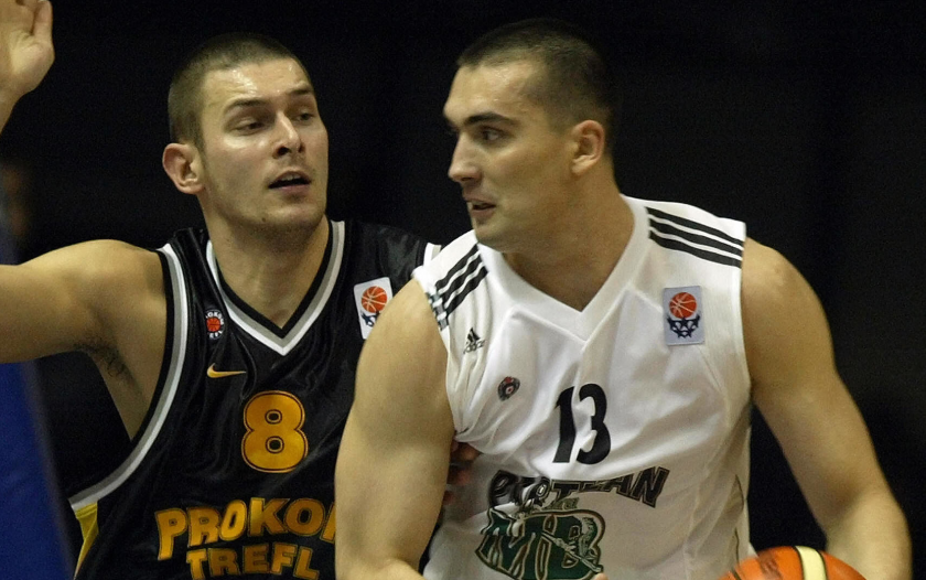 Dejan Milojevic, right, during his playing days in Serbia in 2004.