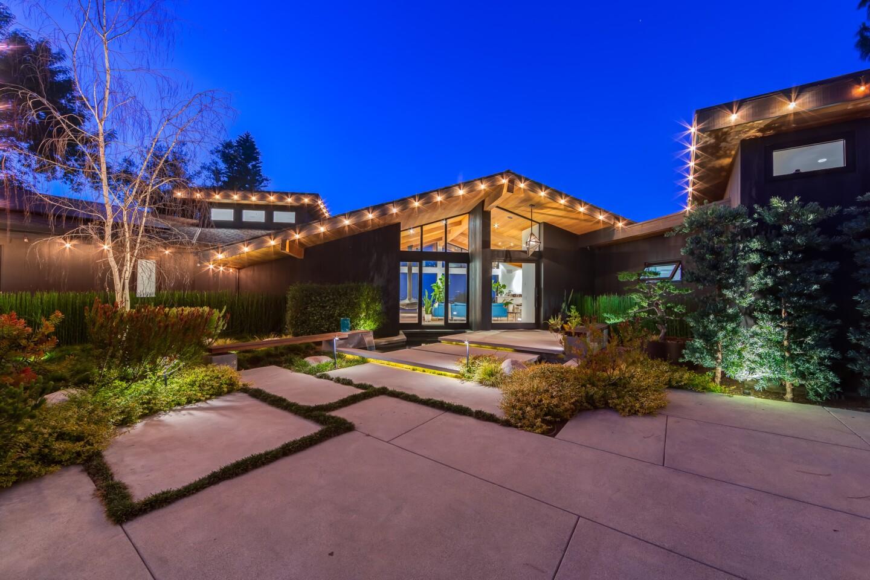 Jennie Garth's Studio City home | Hot Property