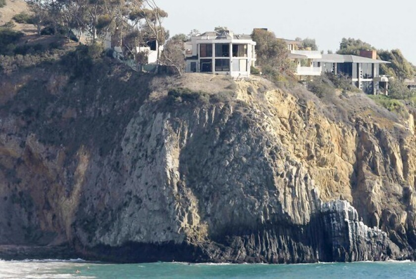 Hansen: Cliff house symbolizes both rich and poor