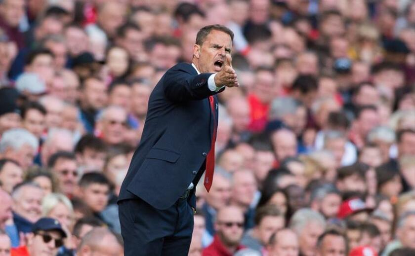 Crystal Palace manager Frank de Boer reacts during the English Premier League soccer match between Liverpool and Crystal Palace held at Anfield, Liverpool, Britain, 19 August 2017. EFE/EPA/PETER POWELL EDITORIAL USE ONLY. No use with unauthorized audio, video, data, fixture lists, club/league logos or 'live' services. Online in-match use limited to 75 images, no video emulation. No use in betting, games or single club/league/player publications[EDITORIAL USE ONLY. No use with unauthorized audio, video, data, fixture lists, club/league logos or 'live' services. Online in-match use limited to 75 images, no video emulation. No use in betting, games or single club/league/player publications]