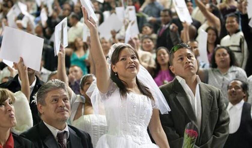 El 20 % de las mujeres mexicanas contrae matrimonio antes de cumplir la mayoría de edad, algo que tiene numerosos efectos perjudiciales, ya que muchas abandonan la escuela y sufren agresiones sexuales, alertaron autoridades que combaten el matrimonio. EFE/ARCHIVO