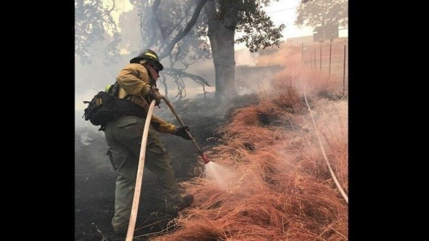 Some Californians are hiring private fire crews to save