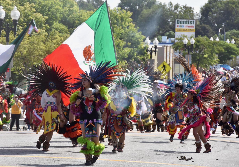 """Celebran el mestizaje cultural entre """"dos mundos"""" en independencia mexicana"""
