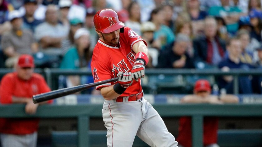Angels cut Johnny Giavotella as they look toward 2017