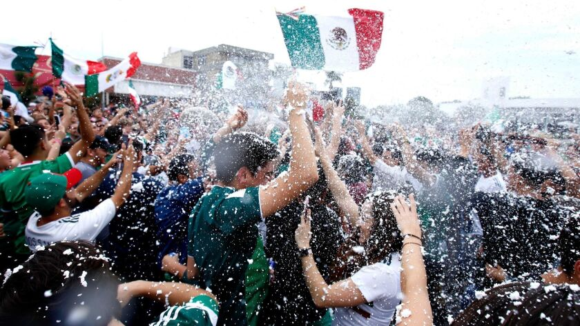 MEXICO-FBL-WC-2018-MEX-GER